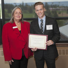 Jeffrey Hovis Business and Environmental Studies Scholarship, Kyle Combs